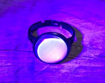 Blue Glow Ring~Glows Under Blacklight!