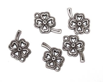 Set of 6 4 leaf clover charms