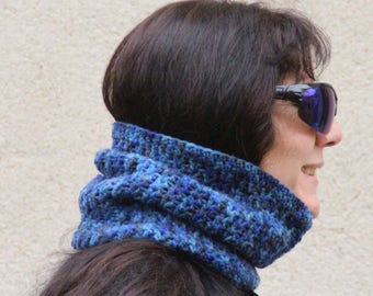 Blue melange crochet Snood