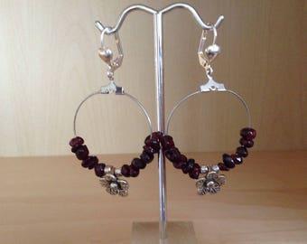 Creole Garnet stones + silver metal flower