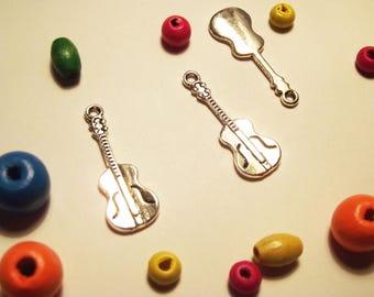 1 silver guitar charm