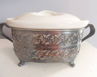 GUERNSEY COOKING WARE Covered Casserole Dish with Server