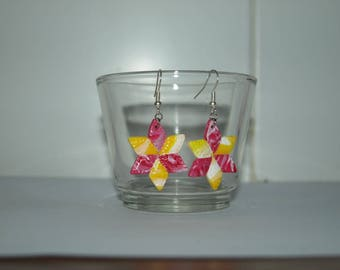 Spring yellow and red stars earrings