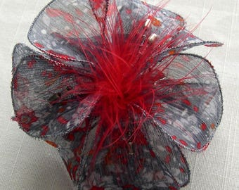 Small hair clip flower fabric & feathers and pearls 029