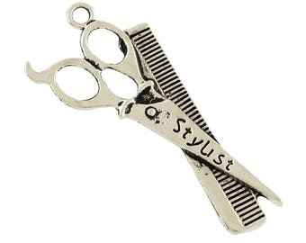 Pendant comb and scissors