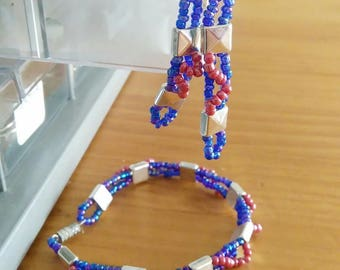 earring set in silver and pearl bracelet