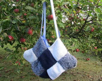 Tote all knitted and lined in fabric
