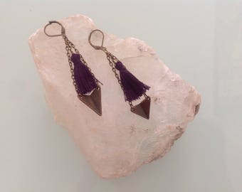 Earrings ethnic bronze and plum.