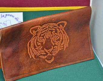 Checkbook leather Tiger
