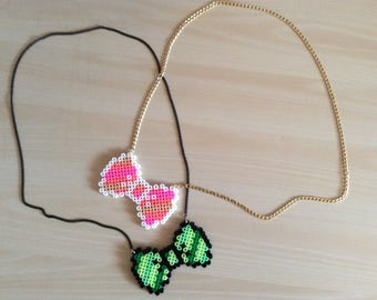 "Knot necklace beads ""pixel"""
