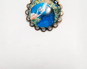 Pretty brooch bronze with cabochon 25 mm