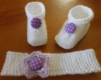 Set of booties and baby purple and white knit headband