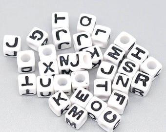 50 acrylic beads Alphabet cubes 7mm white