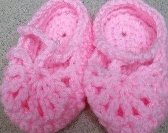 crochet pink baby booties