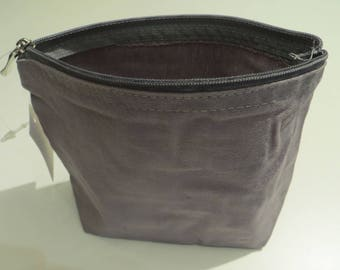 Cosmetic bag (or other) to customize