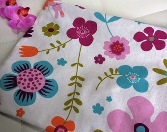 Zippered pocket lined in floral cotton