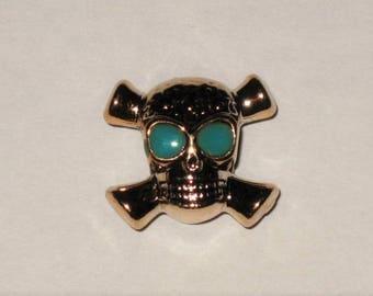 A large skull bead, eyes Green 1.5 cm