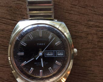 Timex vintage mens automatic day/date goldtone/ bronze dial stainless steel 1976 watch