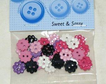 Assortment of 30 novelty buttons - small flowers