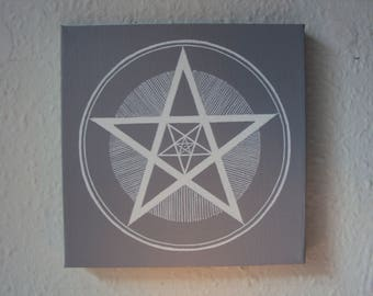 Pentagram - Gray/White