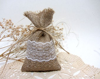 Burlap Favour Bags, Burlap Favor Bags, Wedding Favour Bags, Rustic Wedding, Country, Shabby Chic Weddings  Rustic gift bags, Burlap wedding