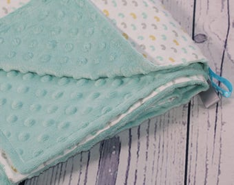 Collection Mint/mint kisses baby blanket