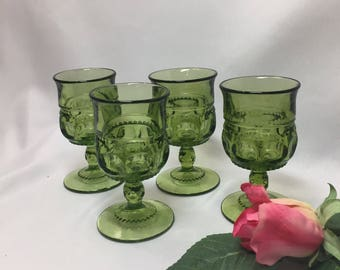Tiny King's Crown Cordial Glasses Green - set of 4
