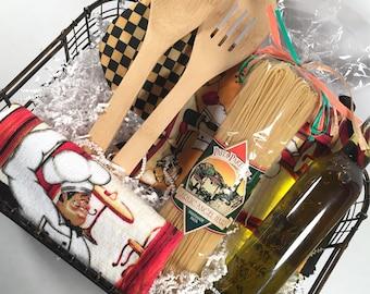 Pasta Lovers Gift Basket. Italian Food Gift Basket.