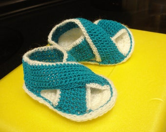 Brand new hand-crocheted baby booties, newborn baby gift, baby shower gift, doll accessories