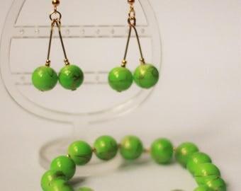 Set bracelet and earrings