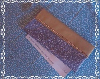 Protects checkbook 2 fabric choices and Molletonner for comfort