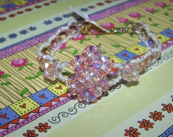 bracelet in pink & white swarovski crystal beads costume jewelry