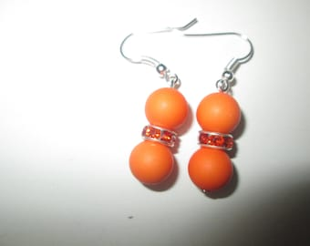 Earrings Orange and rhinestone beads