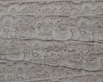 Lace of calais beige very old