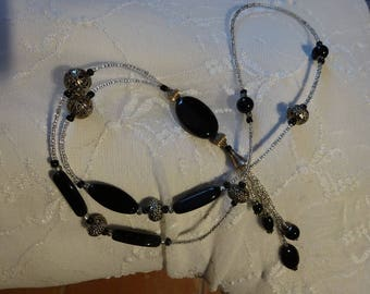 Necklace glass beads black and silver metal beads