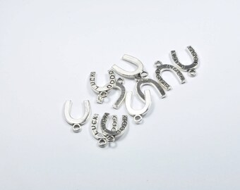 BR870 - Set of 10 silver metal Horseshoe charms