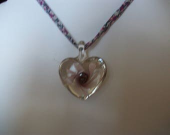 Heart Necklace Bead glass in shades of purples and Pinks, on line.