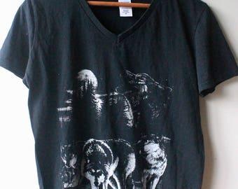 Black wolf pack t-shirt