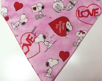 Reversible Peanuts Snoopy Valentine's Day / Gummy Candy Bandana