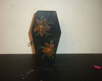 Coffin Box B4