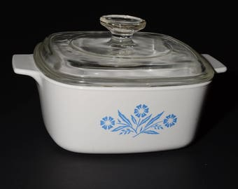 CORNING WARE, Vintage,  Blue Cornflower 1-1/2 Quart Casserole with Glass Lid, Covered Casserole Dish, 1970s, Pyroceramic, Pyrex lid, Canada