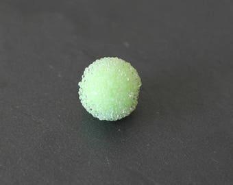 Pearl effect sugar 13 mm light green color