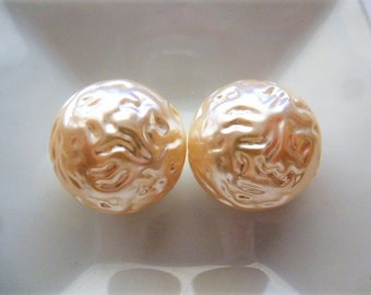 Vintage 70s pearl beads round 20 mm ivory acrylic for jewelry, decorations and crafting creations