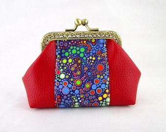 Retro red leatherette and fabric clasp purse effervescent bubbles
