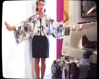 Hand-sewn Cotton satin short kimono