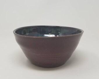 Handmade stoneware  bowl, handmade pottery, serving bowl, soup bowl, salad bowl, serving bowl. Holds 4 cups