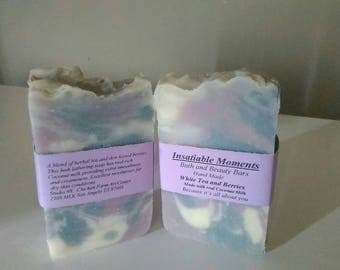 White Tea and Berries handmade soap
