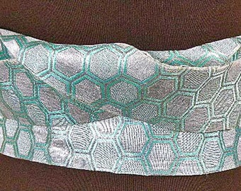 Vintage Japanese Silk Obi – Sparkling Silver Green Silk Belt, Silk Sash – Silk Table Runner – Japanese Wall Décor – Mid Century Modern