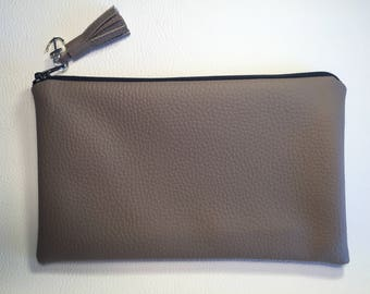 Taupe clutch/pouch in Brown faux