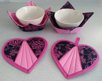 VALENTINES SET:  Microwave-safe Bowl Cozies and Heart-shaped Pot Holders in Pink and Black